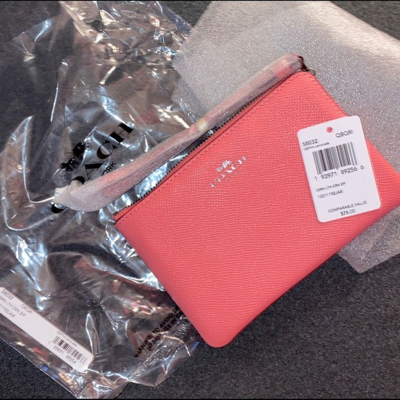 NWT Coral Colored Coach Wallet